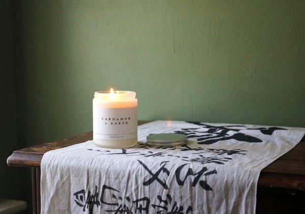 cardamom and earth 8oz natural soy candle