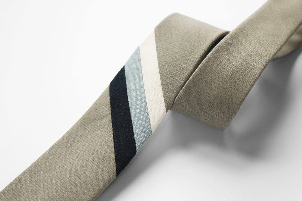 Hazel Green Necktie stripe detail