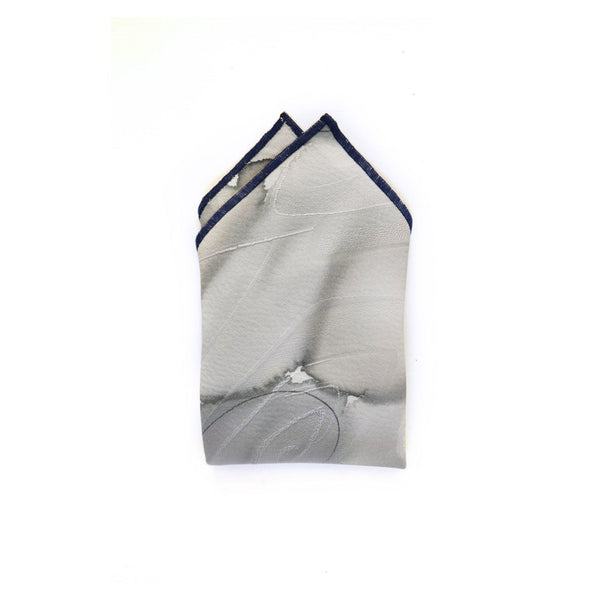 KUMO VINTAGE SILK POCKET SQUARE FOLDED