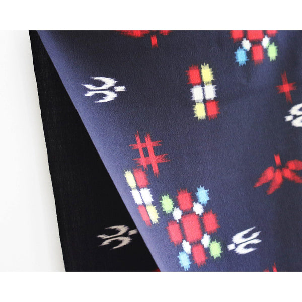 IKAT SPARROW JAPANESE WOOL SCARF detail