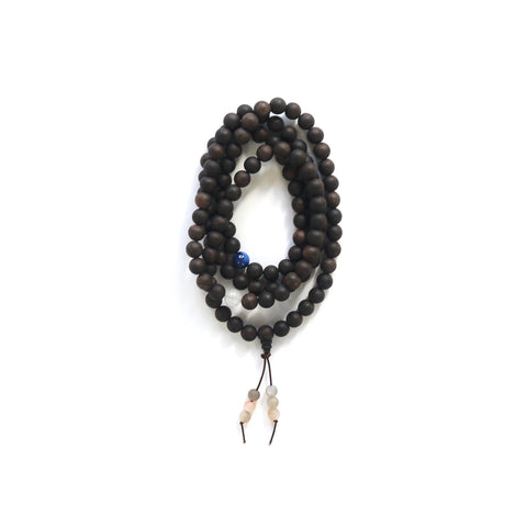 Kyanite and white jade wood gemstone mala