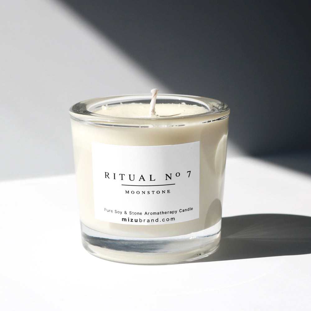 RITUAL no 7 / Moonstone Essential Oil Candle for Crown Chakra
