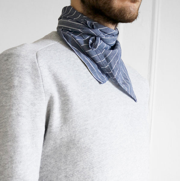 Chambray Stripe river bandana model look