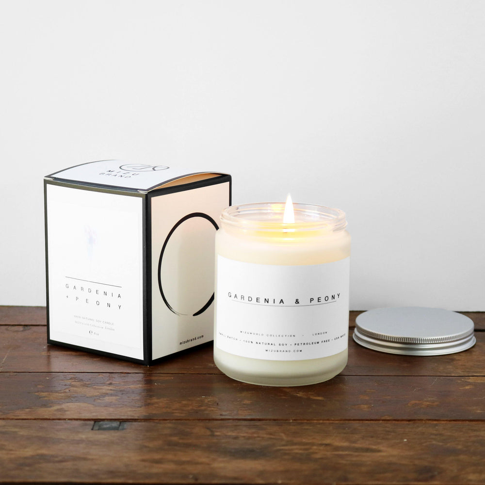 GARDENIA AND PEONY MINIMALIST NATURAL SOY CANDLE DESIGN