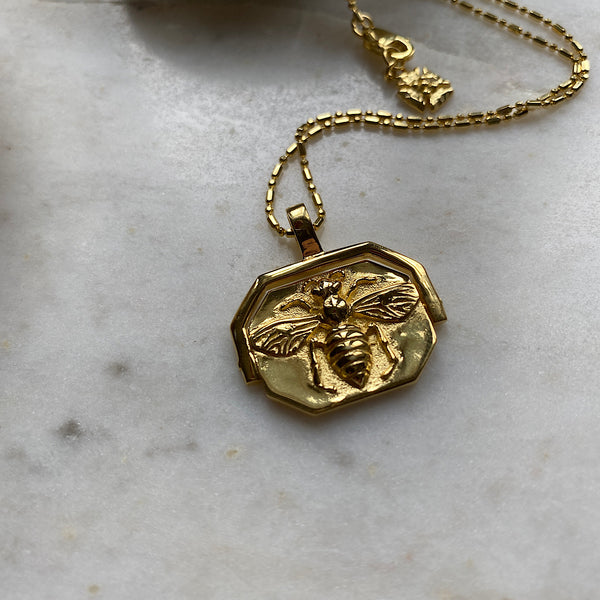 Ligurian Bee Gold Spinner Necklace