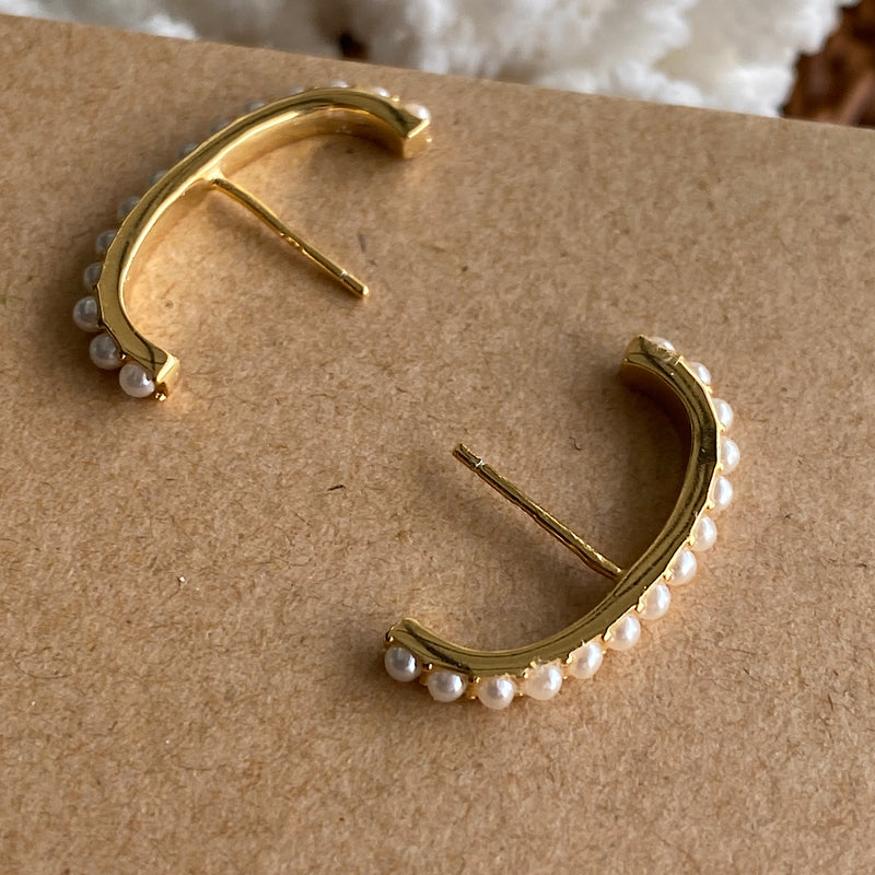 freshwater pearl gold curved earrings