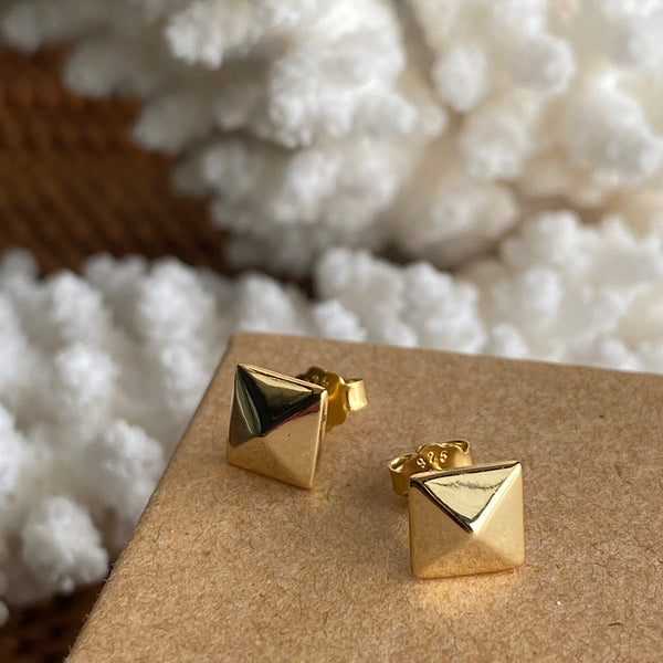 studded stud sterling silver gold plate stud earrings