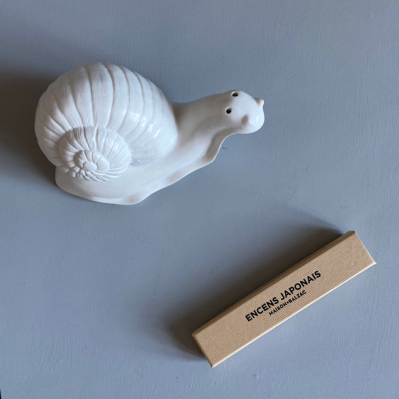 maison balzac monsieur escargot snail ceramic incense holder