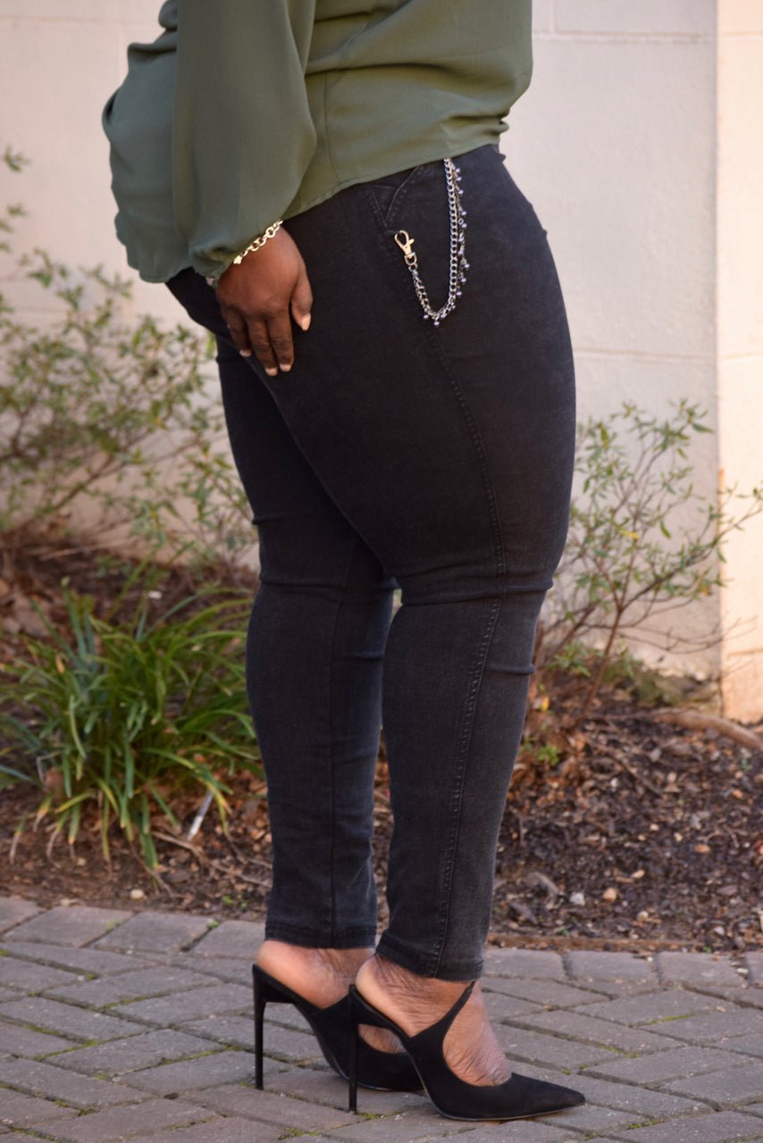 Curvy Denim Chain Jeggings