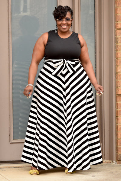 Curvy Striped Contrast Belted Maxi Dress
