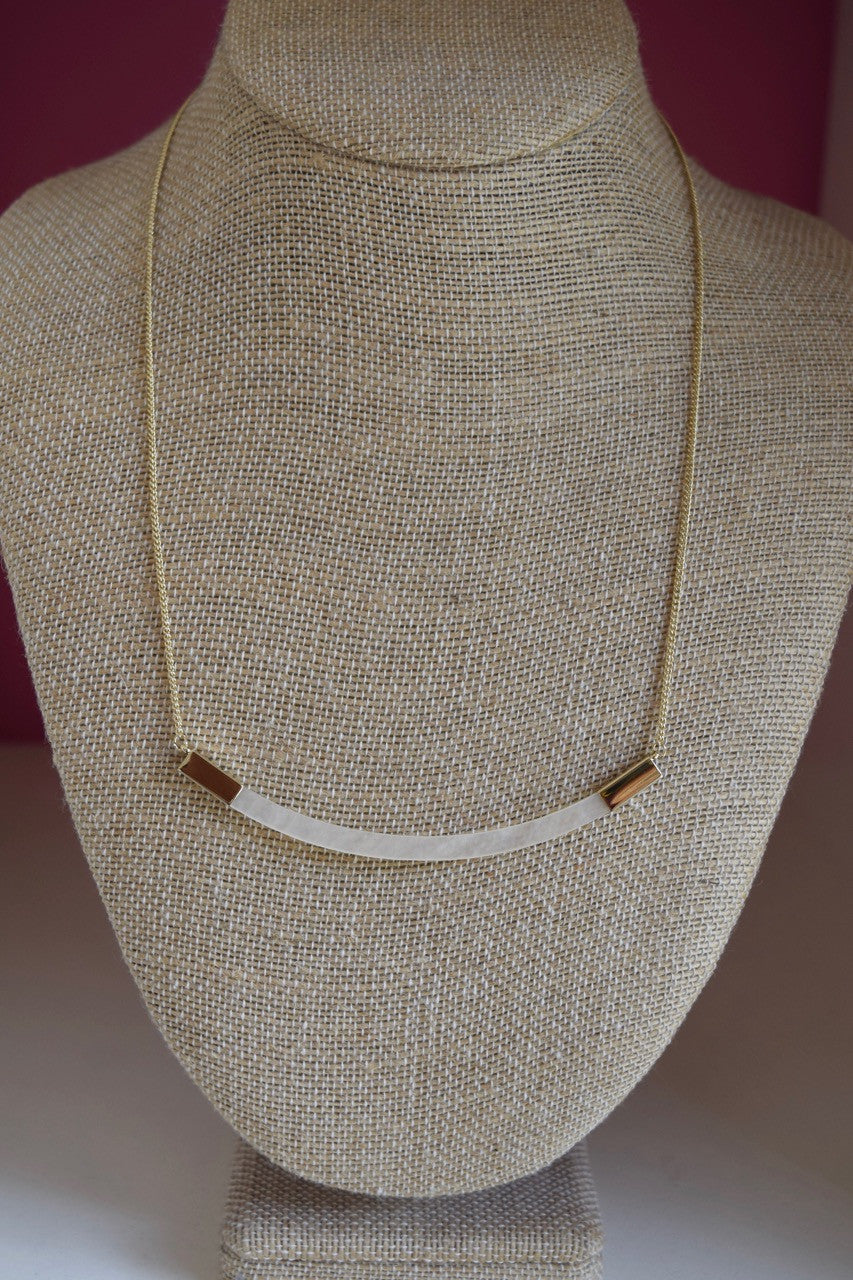 Bent Bar Necklace