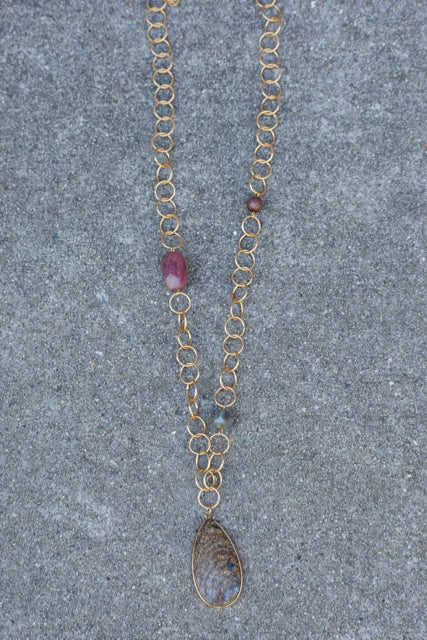 Gemstone Link Tear Neckalce