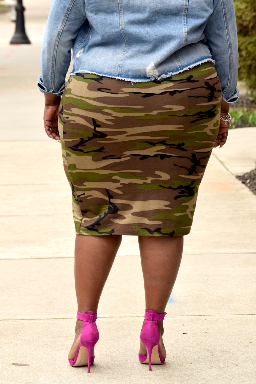 Plus Size Camouflage Skirt