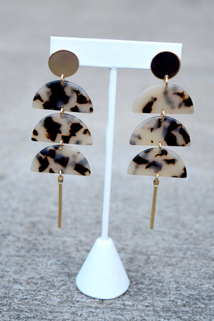 Marble Half Moon Bar Earrings -2 Colors