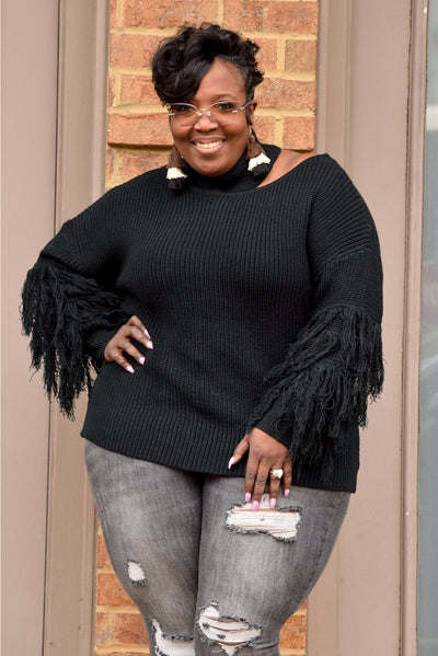 Curvy Cutout Fringe Sleeve Sweater