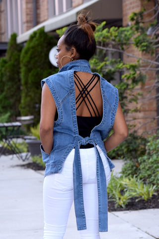 Cut Out Sleeveless Jacket