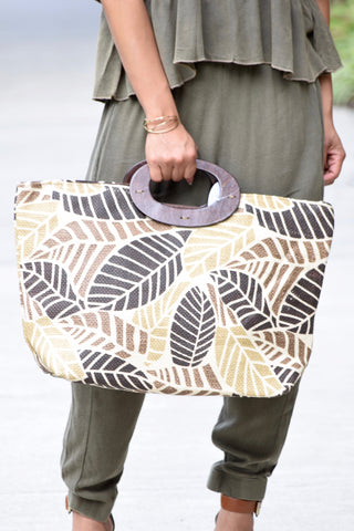 Wood Handle Leaf Straw Tote