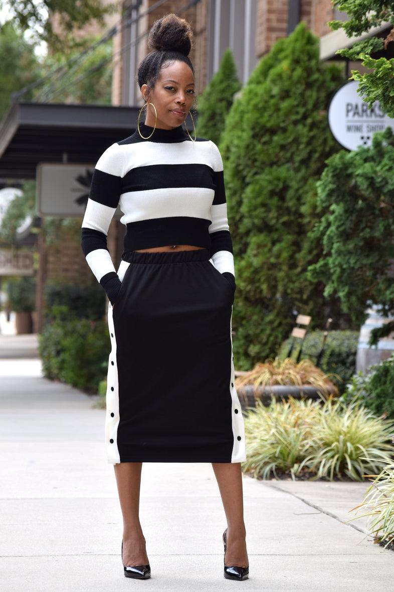 Sporty Side Snap Skirt