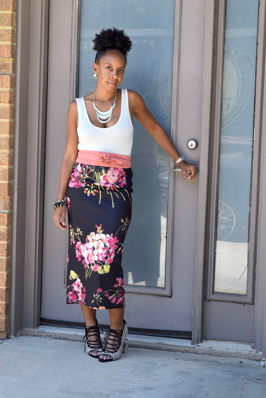 Mauve Floral Pencil Skirt