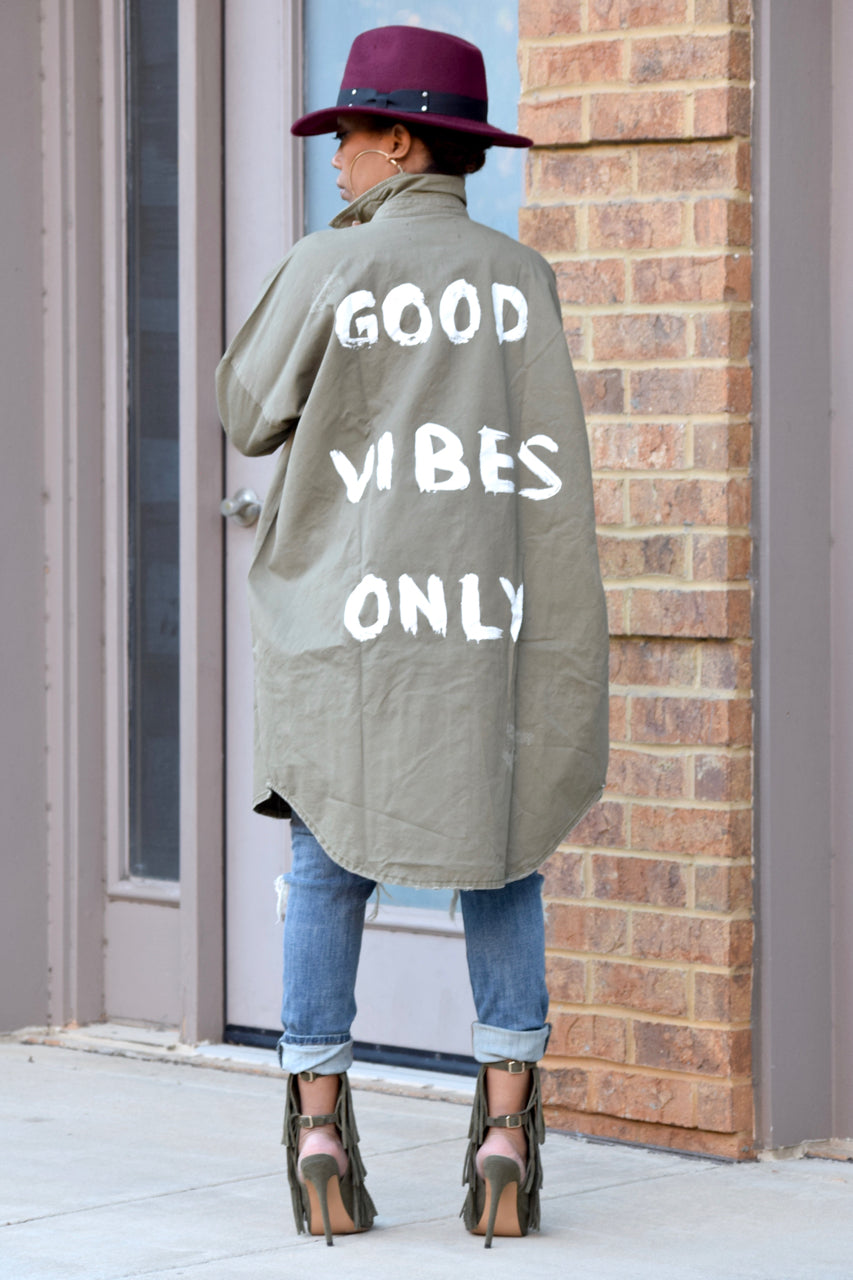 Good Vibes Only Top