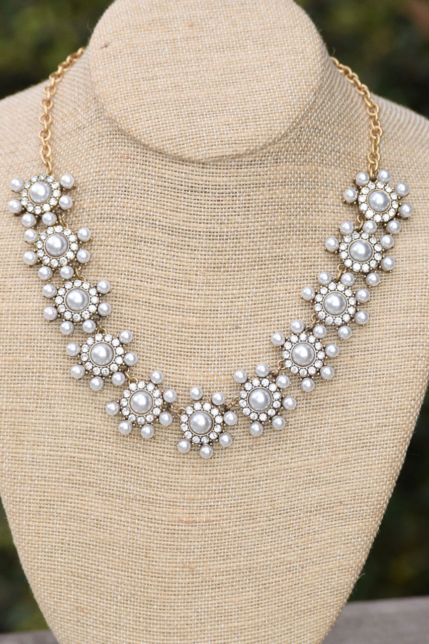 Pearl Mini Flower Bib Necklace