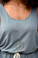 Gold Circle Bar Pedant Necklace