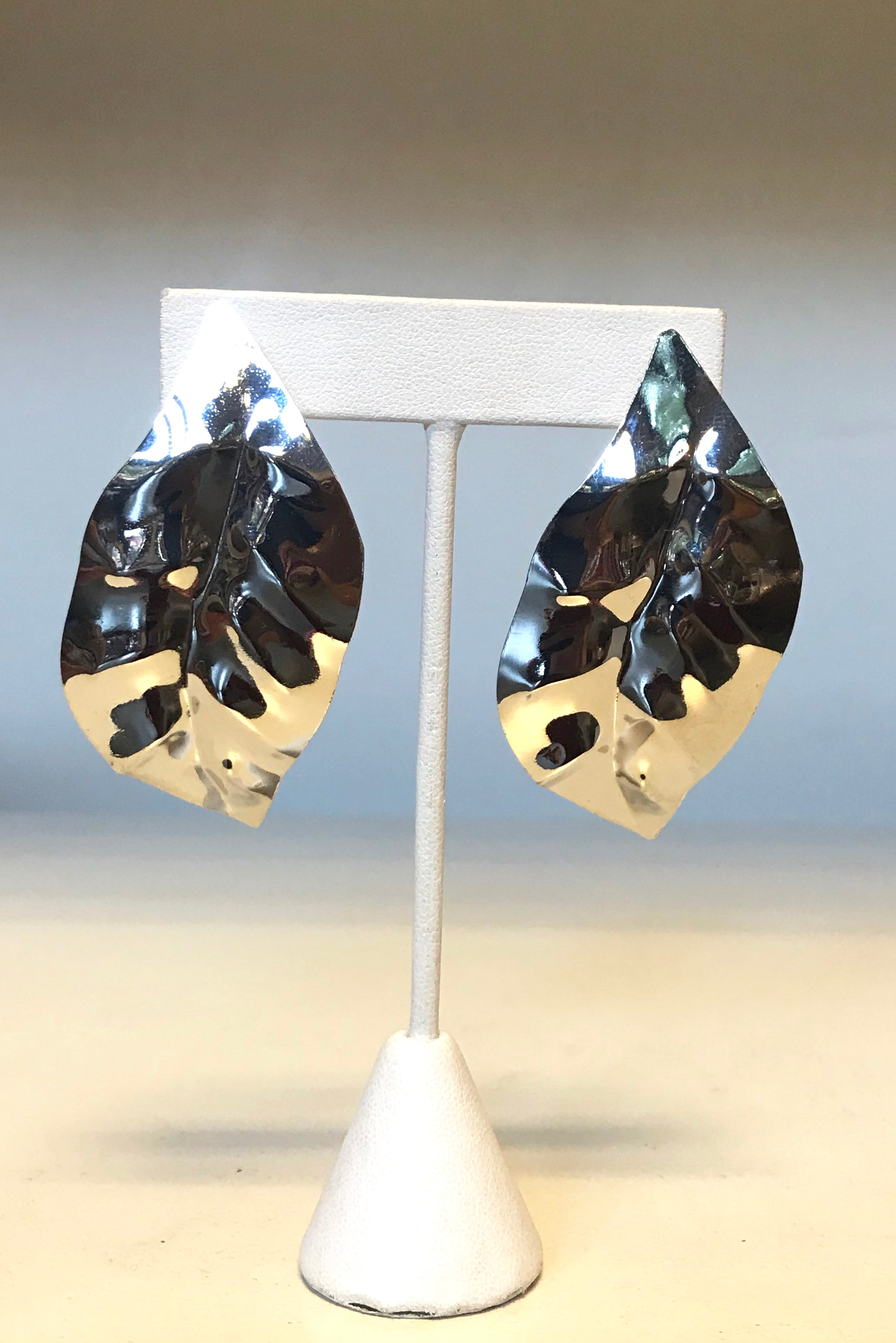 Shiny Leaf Post Earrings
