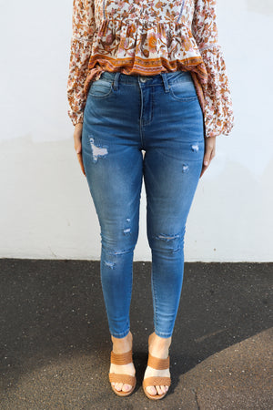 Kylie Jeans (Ripped Washed Blue)