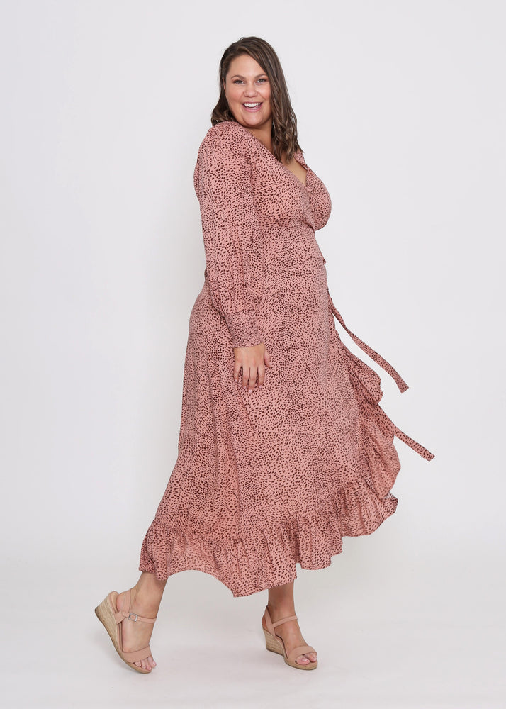 Load image into Gallery viewer, Curves Amelia Wrap Dress (Blush)