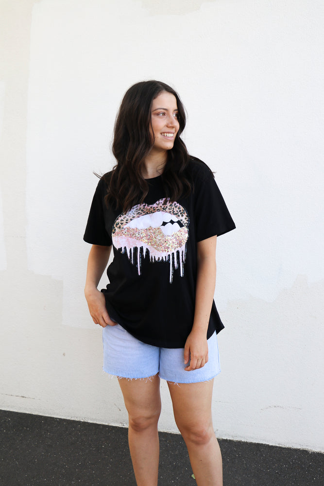 Load image into Gallery viewer, Bite Me Tee (black)