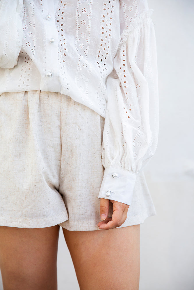 Echo Embroidered Lace Shirt (white)