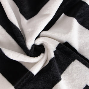 NTBAY Flannel Twin Blanket, Super Soft with Black and White Chevron Pattern Bed Blanket
