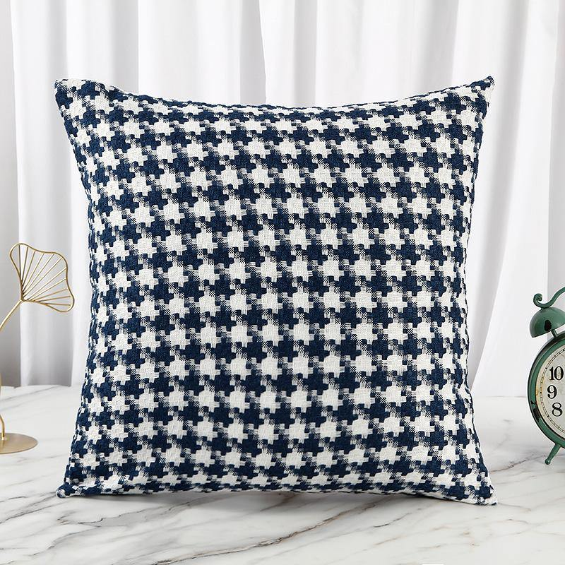 NTBAY 5 Pieces Reversible Fashionable and Simple Geometric Pattern Printed Microfiber Duvet Cover Set with Hidden Zipper  Discount code:5K0R3CB3Q0JK