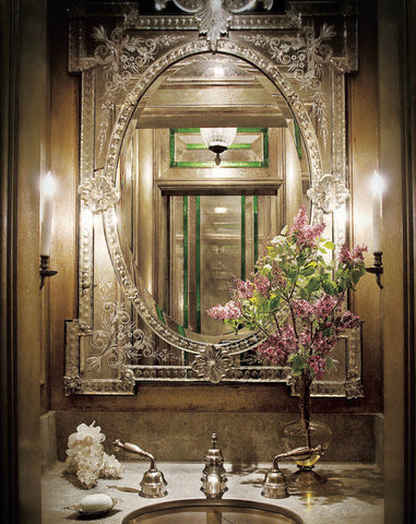 Top 12 Magnificent Rooms Using Venetian Mirrors Shine
