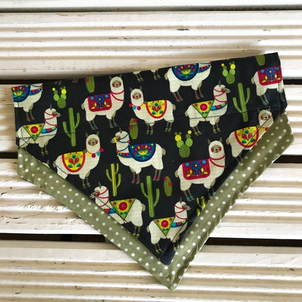 Barmy Llama Big Dog Bandana - Slip-on, double layer (Large) - Cairn Terrier Collectibles