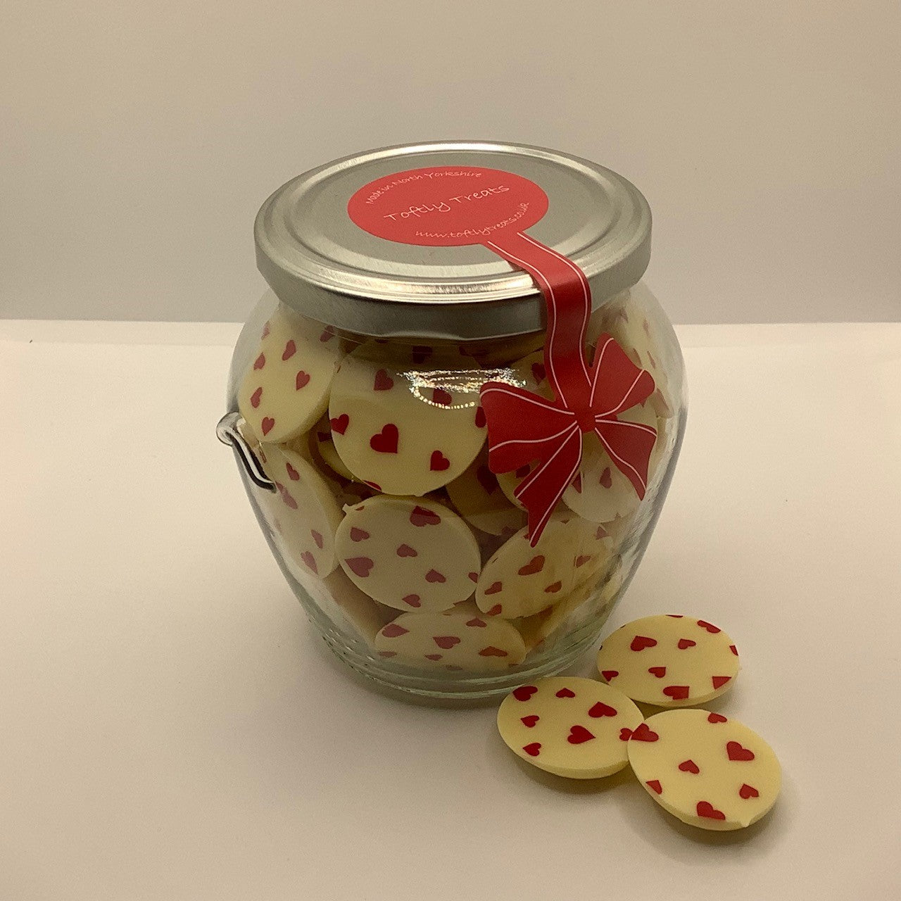 Red Hearts (White chocolate)