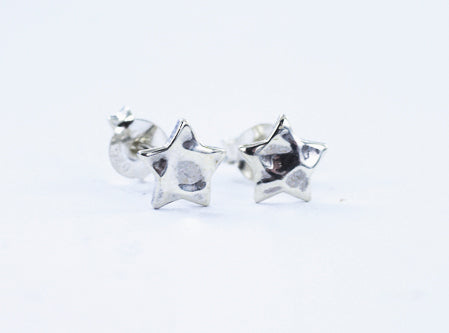 Smile Jewellery | Hammered Star Silver Earrings