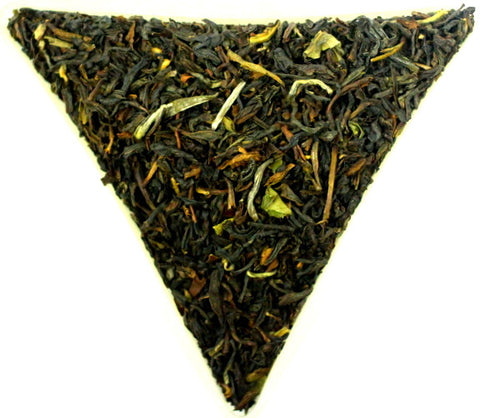 Darjeeling Himalaya Blend Second Flush Loose Leaf Quality Black Tea Gently Stirred