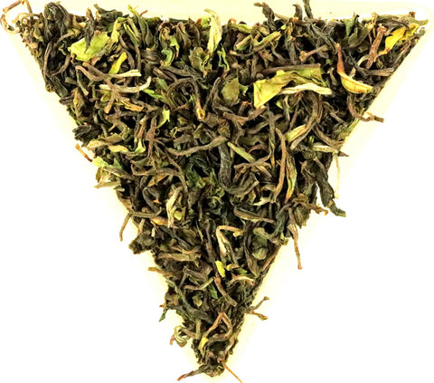 Darjeeling Puttabong Early 1st Flush Organic SFTGFOP Grade 1 2019 Gently Stirred