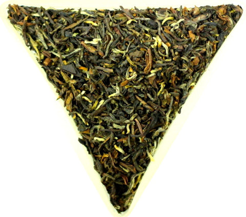 Nepal Golden FTGFOP Grade 1 Loose Leaf Black Tea Very Special And Unusual Gently Stirred
