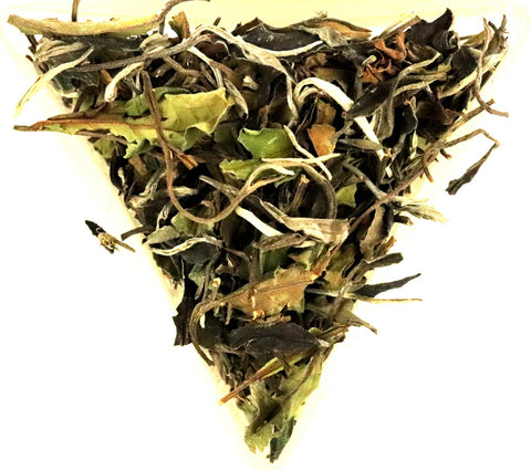 Vietnam Tam Duong Organic Pai Mu Tan White Loose Leaf Tea Gently Stirred