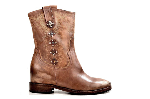 Bootland Boots Embroidered Cowboy Boots