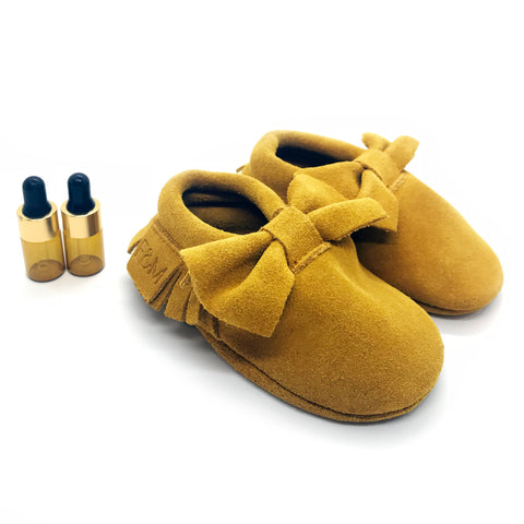 Mustard Bow Diffuser Moccasins