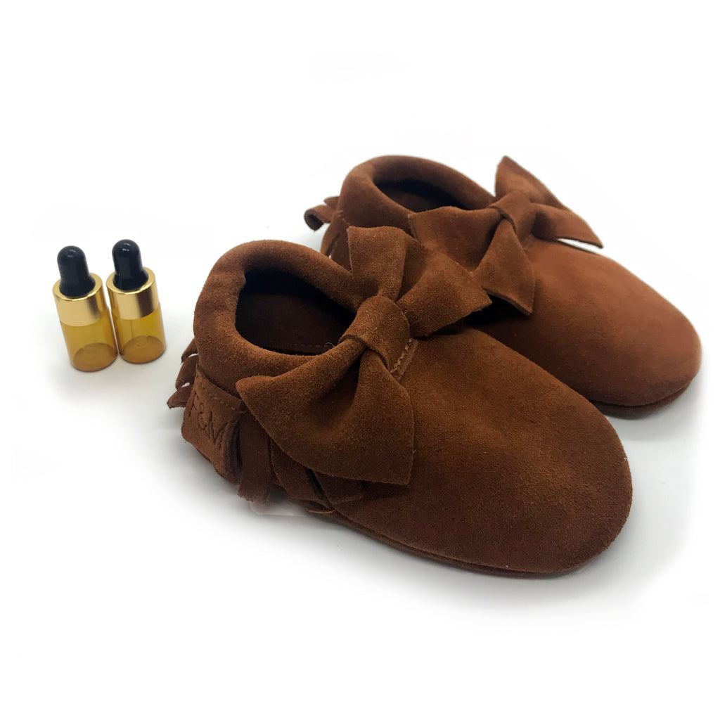Leather Bow Diffuser Moccasins