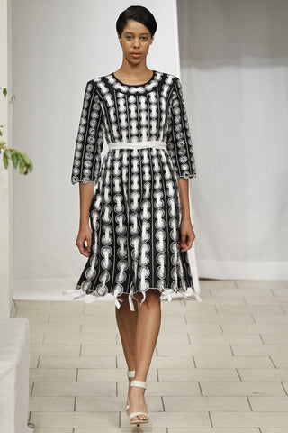 Circle Threaded Dress (Black & White) Style 1788