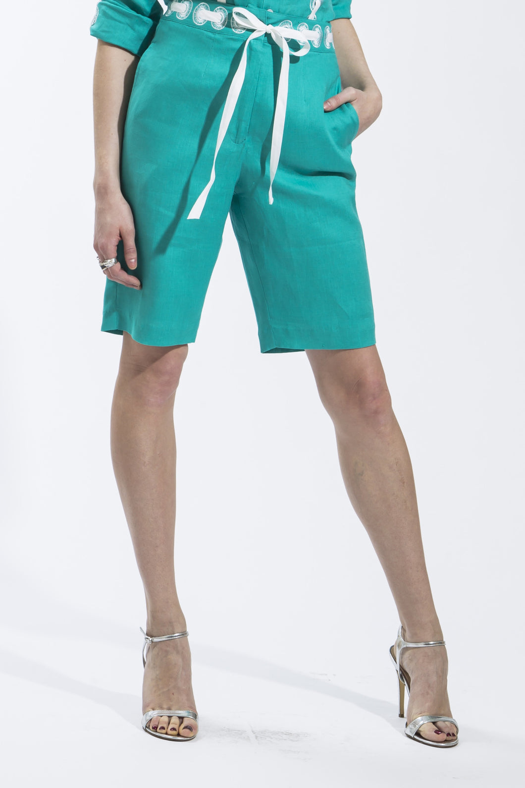 Ribbon Threaded Circle Linen Shorts Style 1816