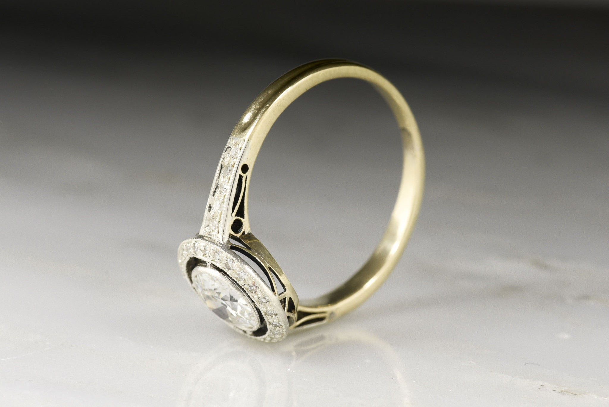 of style center and basket rings three stones jewelry oval picture profile side low wedding fine
