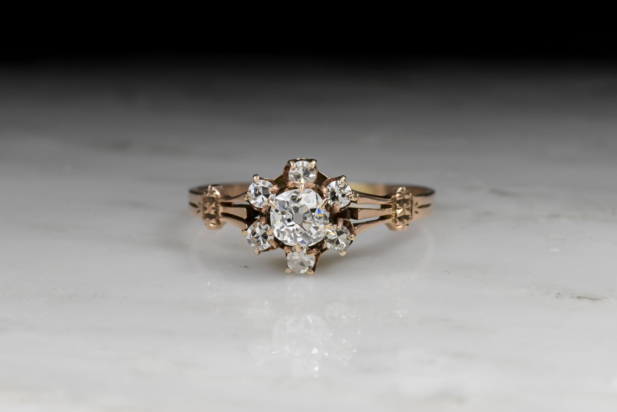 cluster rings ring featuring and product diamonds round diamond a wedding marquise