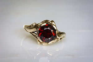 Round Brilliant Cut Garnet in Vintage 14K Warm-Yellow Gold Art Nouveau / Victorian Revival Anniversary or Pinky Ring