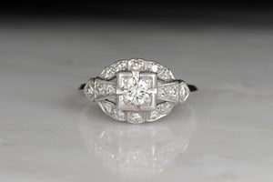 Early Retro Women's Ring with a Round Brilliant Diamond Center